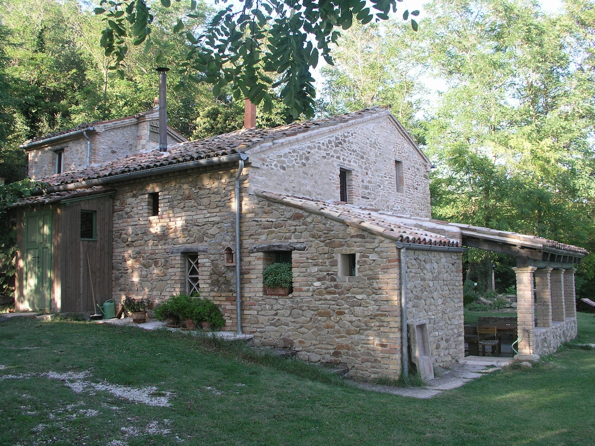 Romantic and Secluded Old Farmhouse