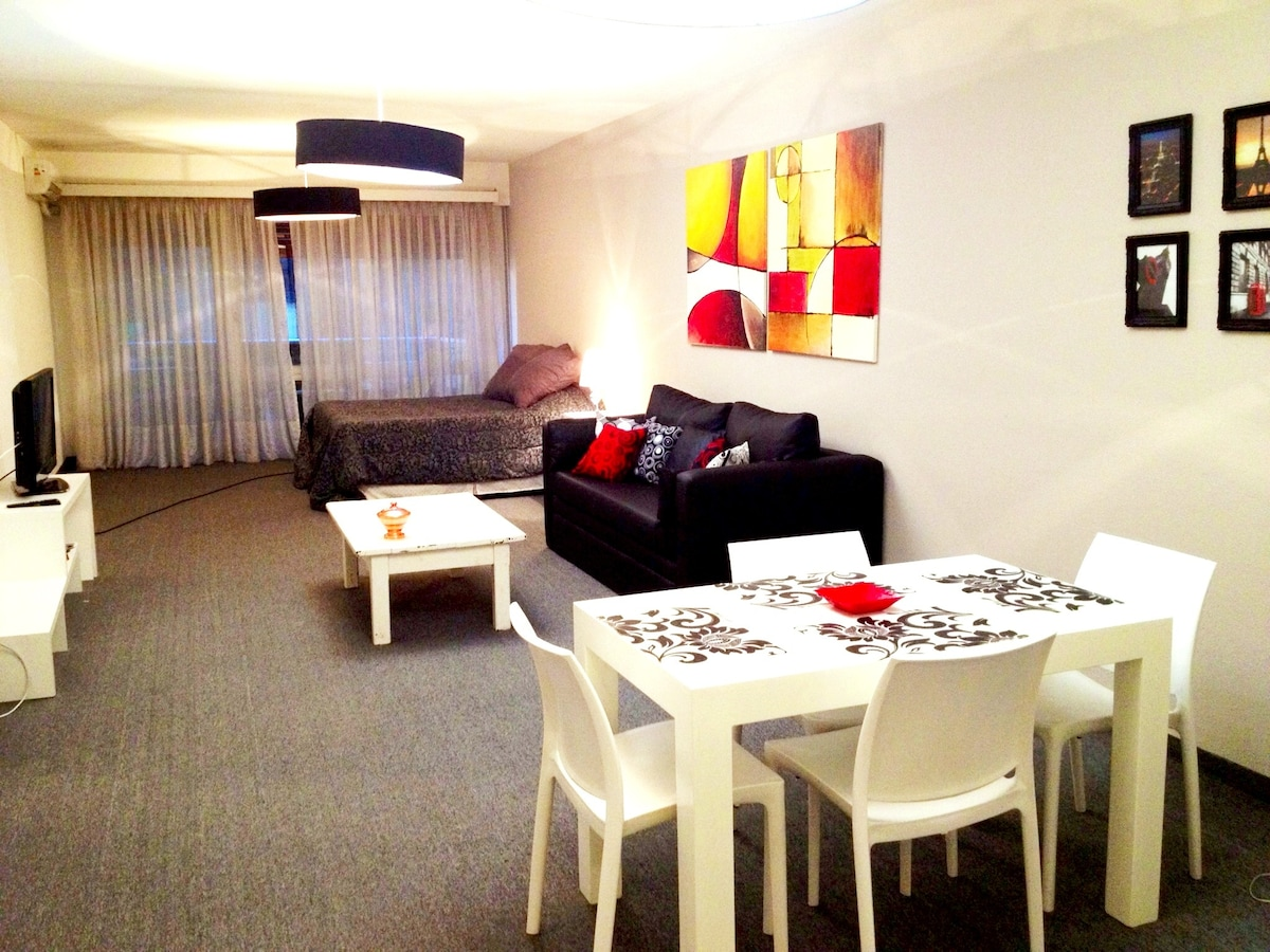 SALE Big Studio Palermo, 2 to 4 Pax