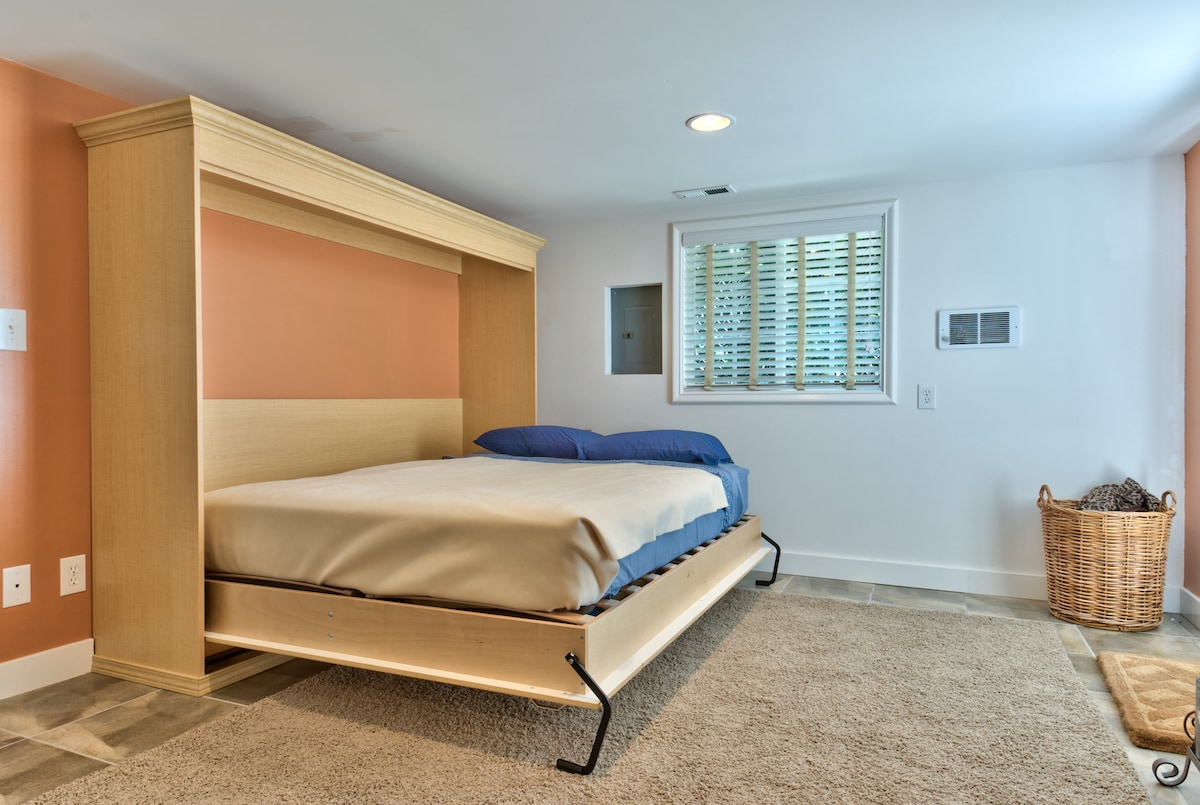 Murphy bed folded out