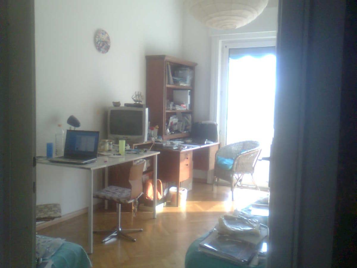 altra stanza grande con balcone, sempre qui sul sito