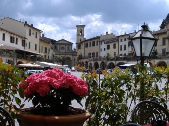 VIEW OF PIAZZA MATTEOTTI  - THE HEART OF GREVE IN CHIANTI