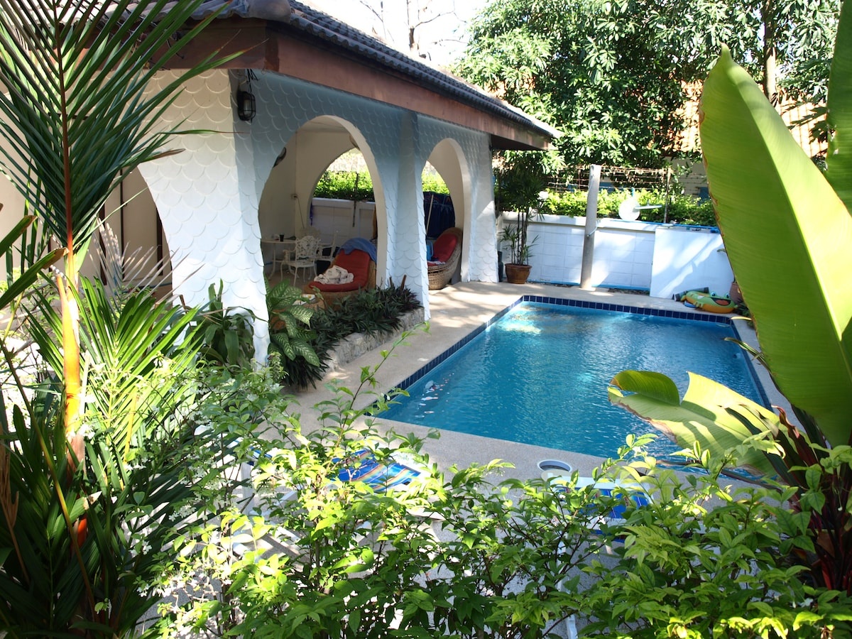 Villa Rose with Private Pool - WiFi