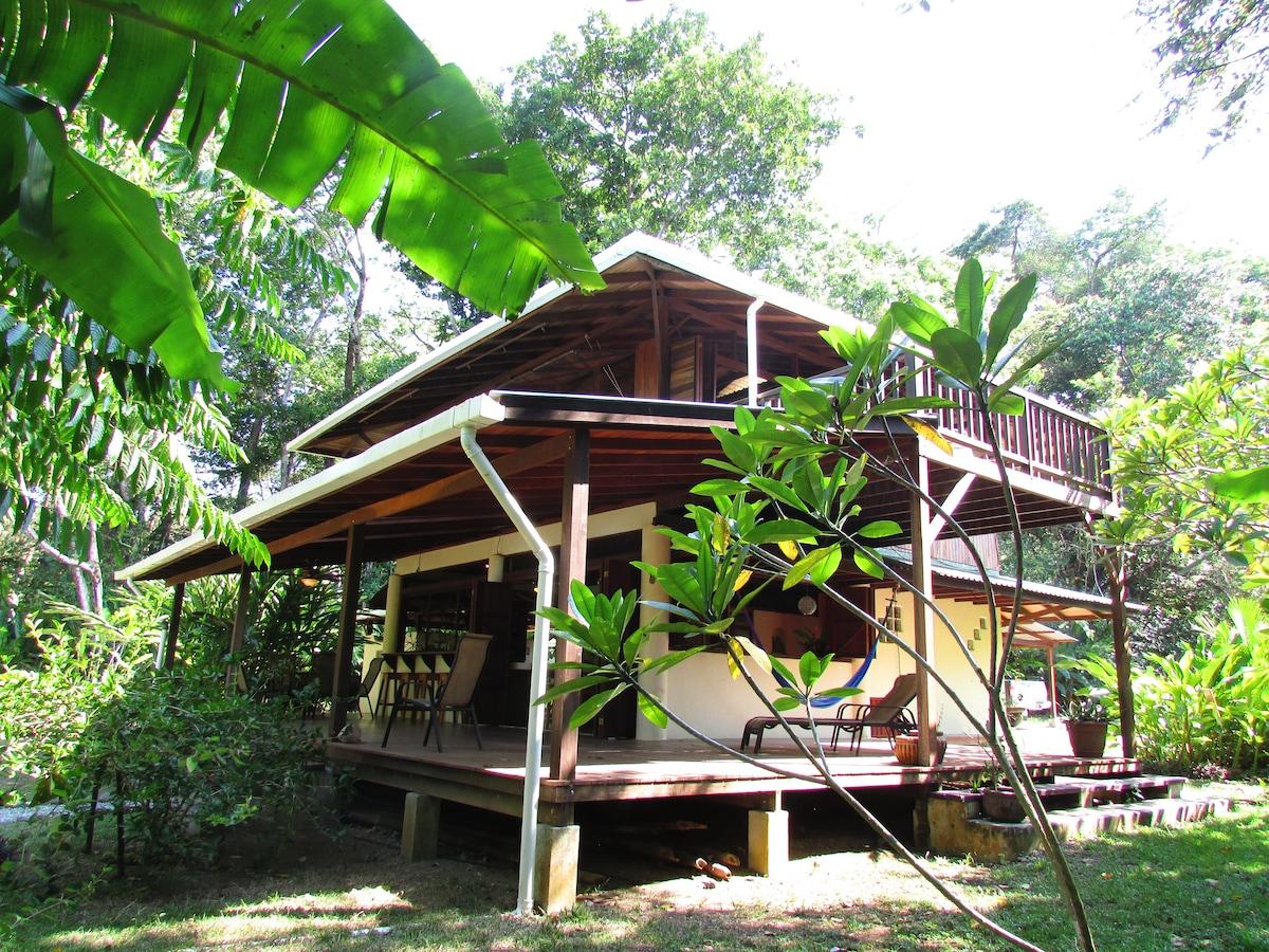Casa Mil Flores - Peninsula de Osa