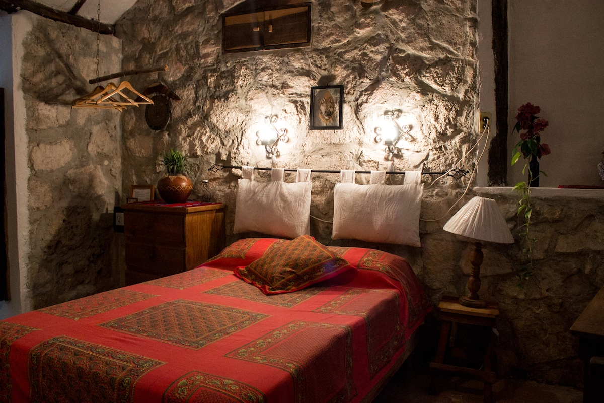Casitas Kinsol Guest House - Room 2
