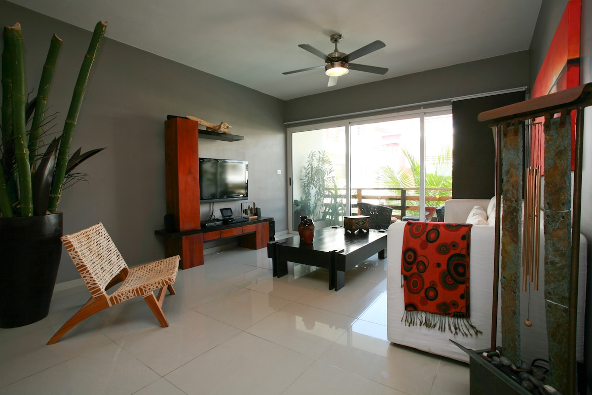 Living Area with TV, surround sound, DVD