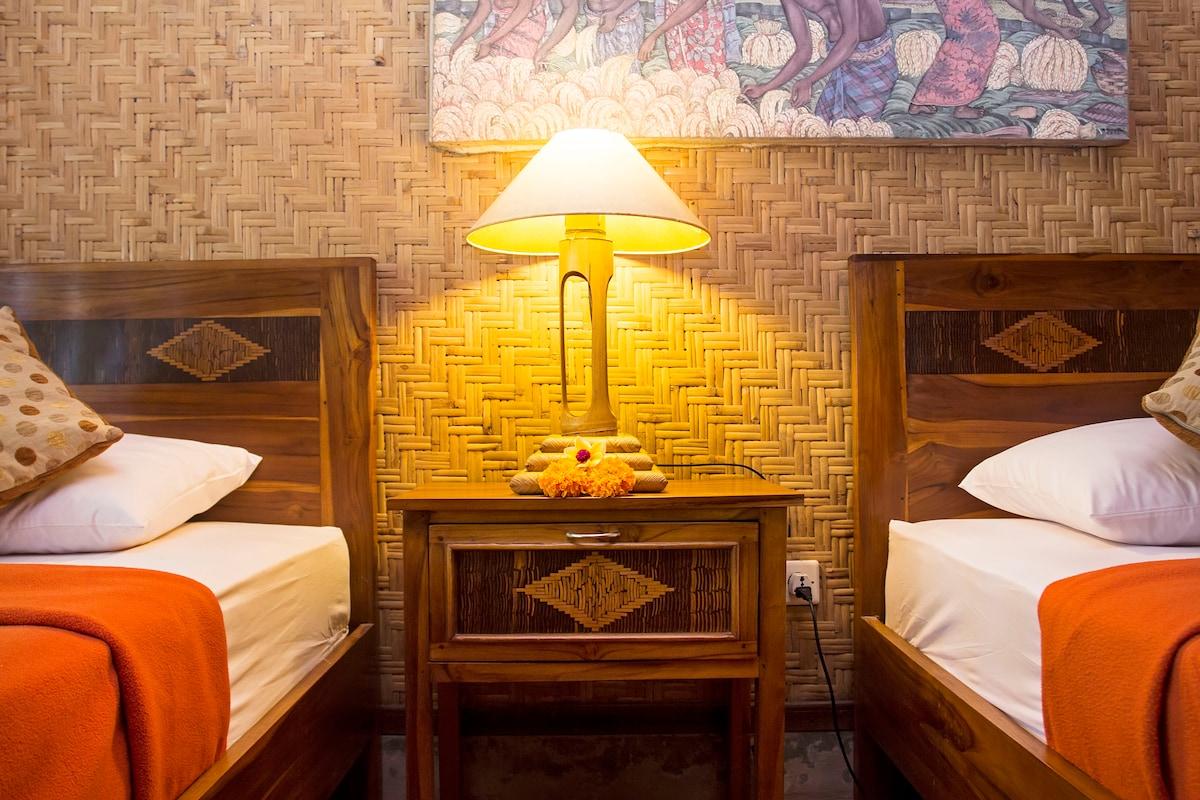 Jati homestay-Family Room fits 3