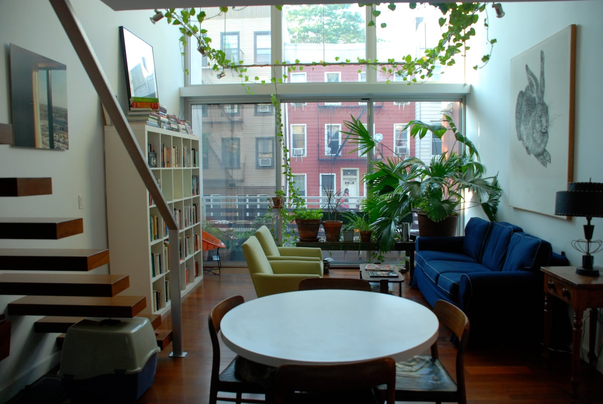 Modern Greenpoint, Brooklyn Apt