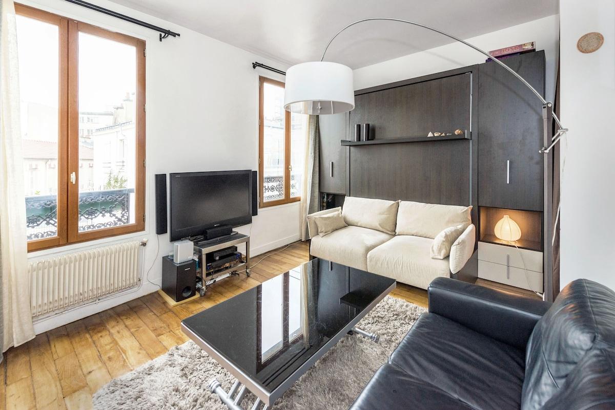 Modern Flat @ Canal Saint-Martin