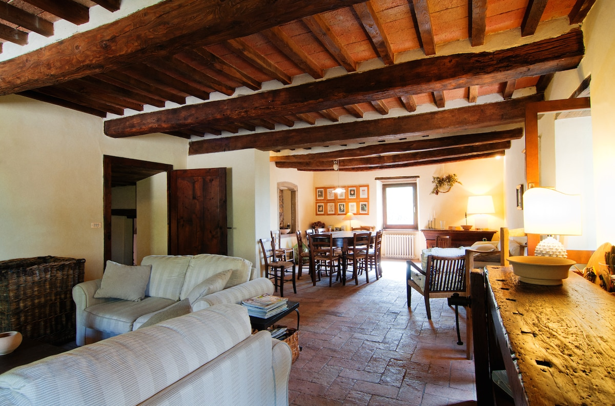 Il Poggio - Country Villa with Pool