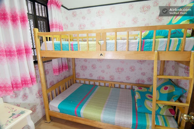 Bunk Bed Twin Room1)