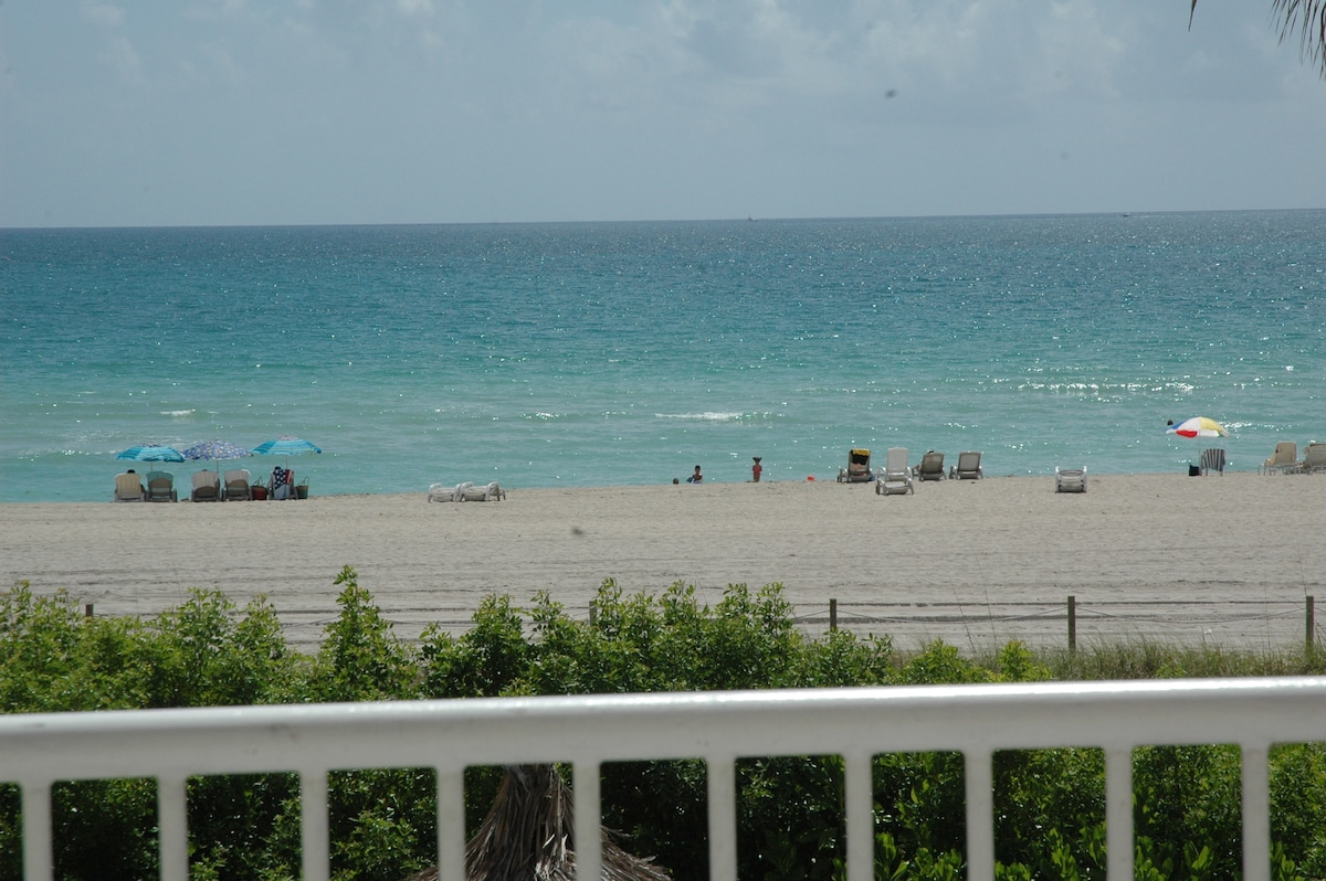 Spectacular Miami Beach is an elevator ride away!