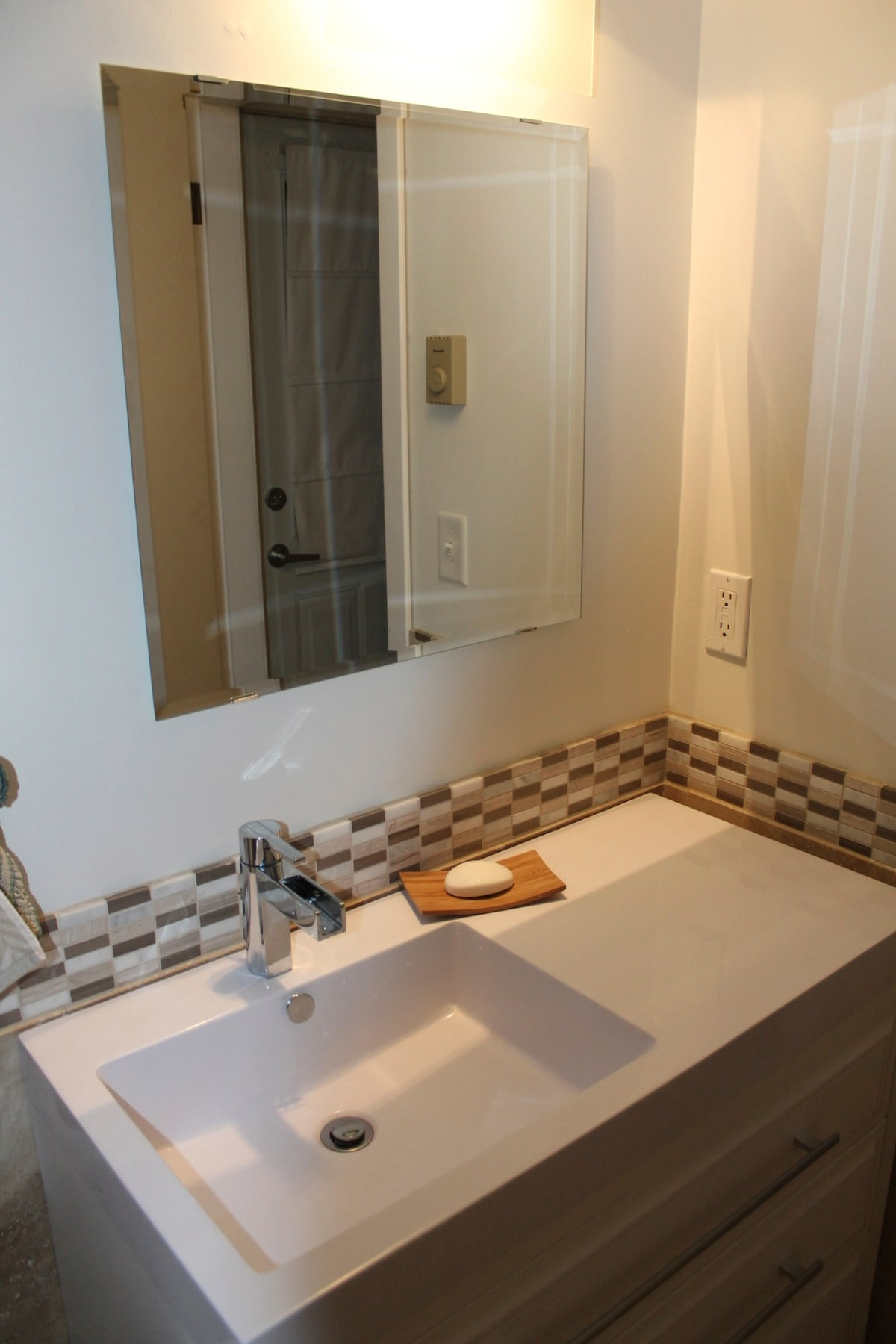 Newly remodelled bathroom, there is also a full shower