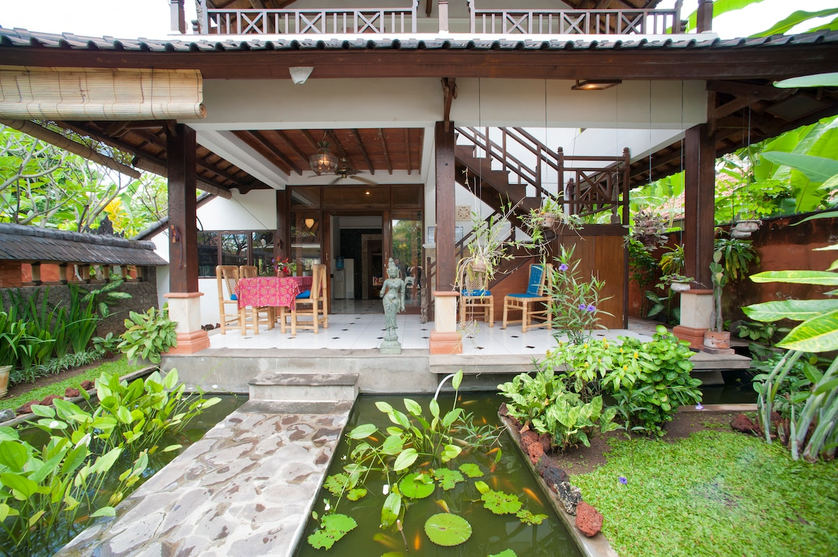 Two Luxury villas with pool in Bali