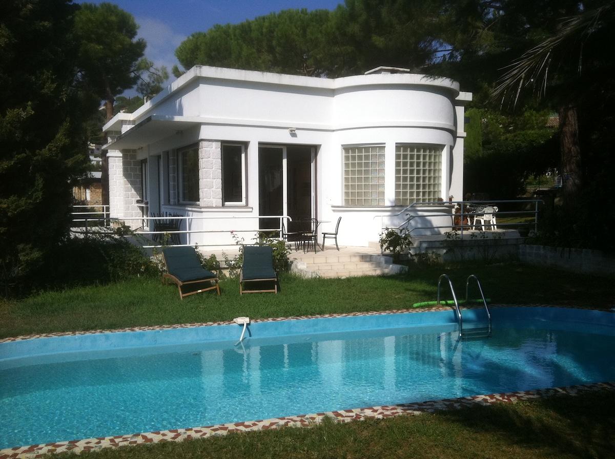 villa Isis côté piscine