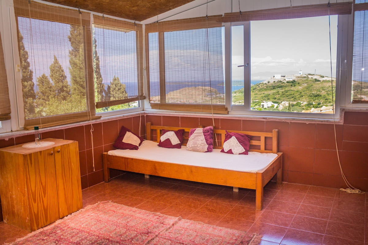 villa panaromic sea & forrest view