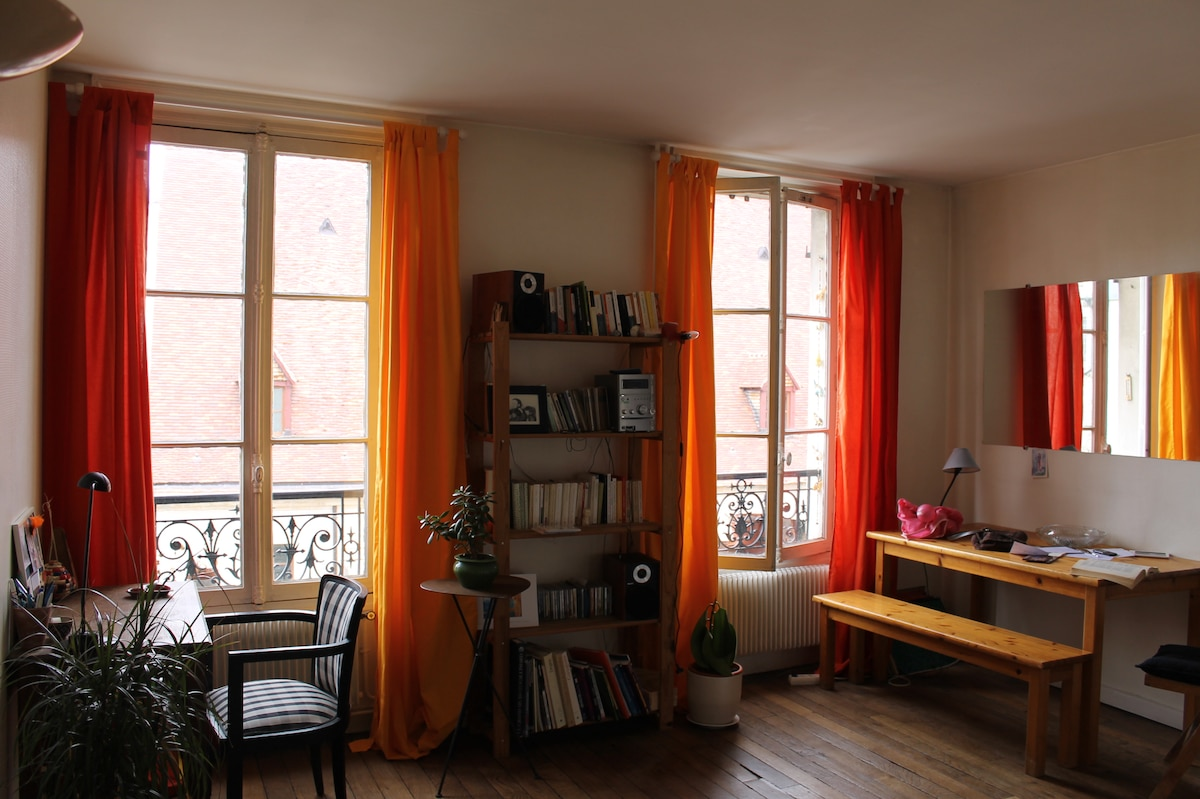 Lovely flat in the centre of Paris