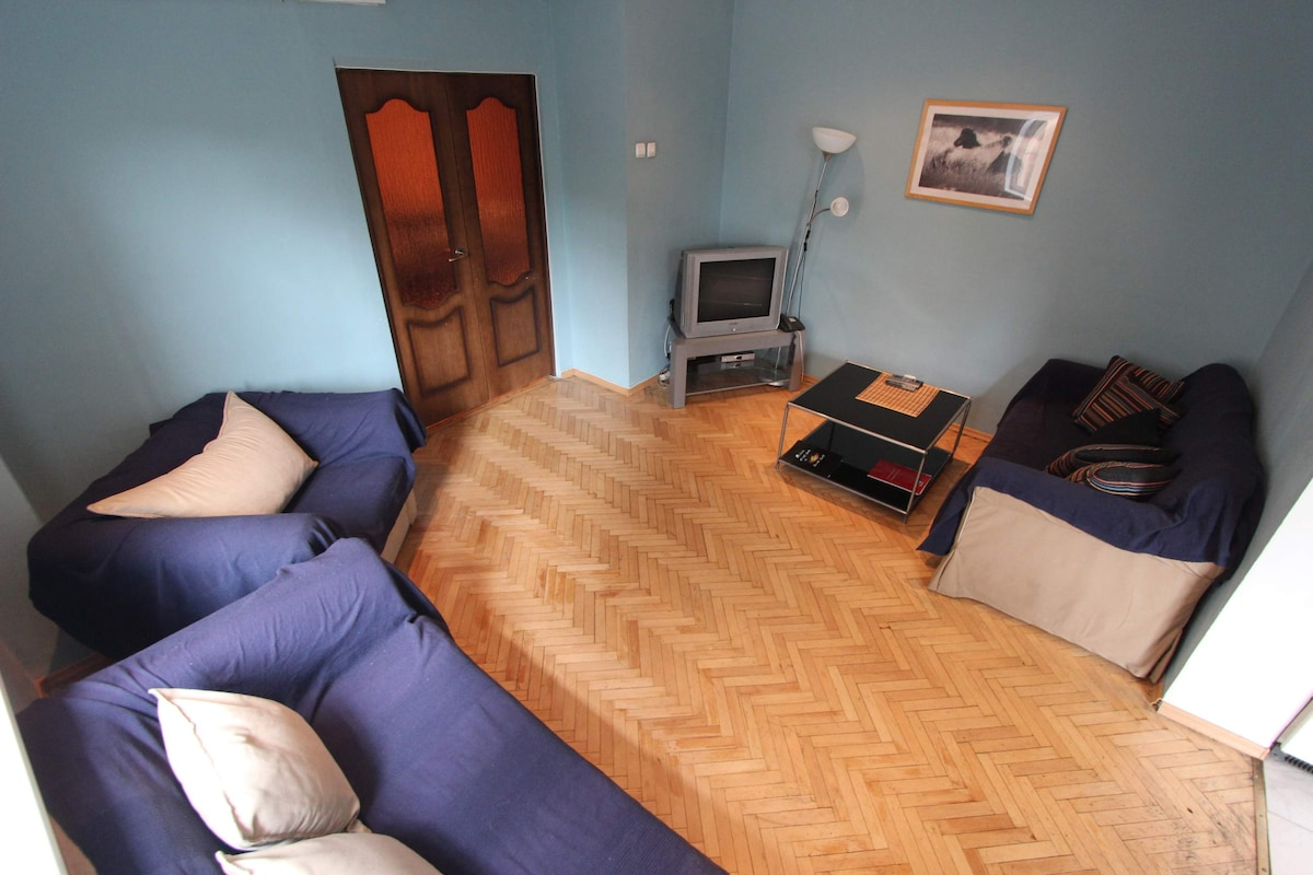 Very Spacious 4rooms apartment 134