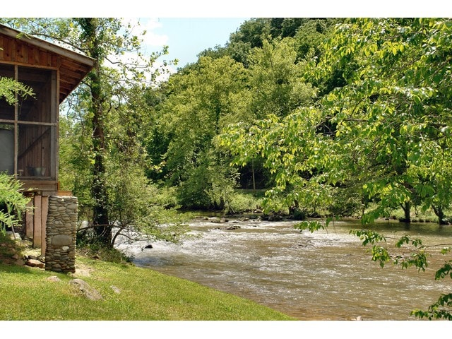 Our River Cabin, a relaxing and comfortable retreat on the Little Pigeon River.