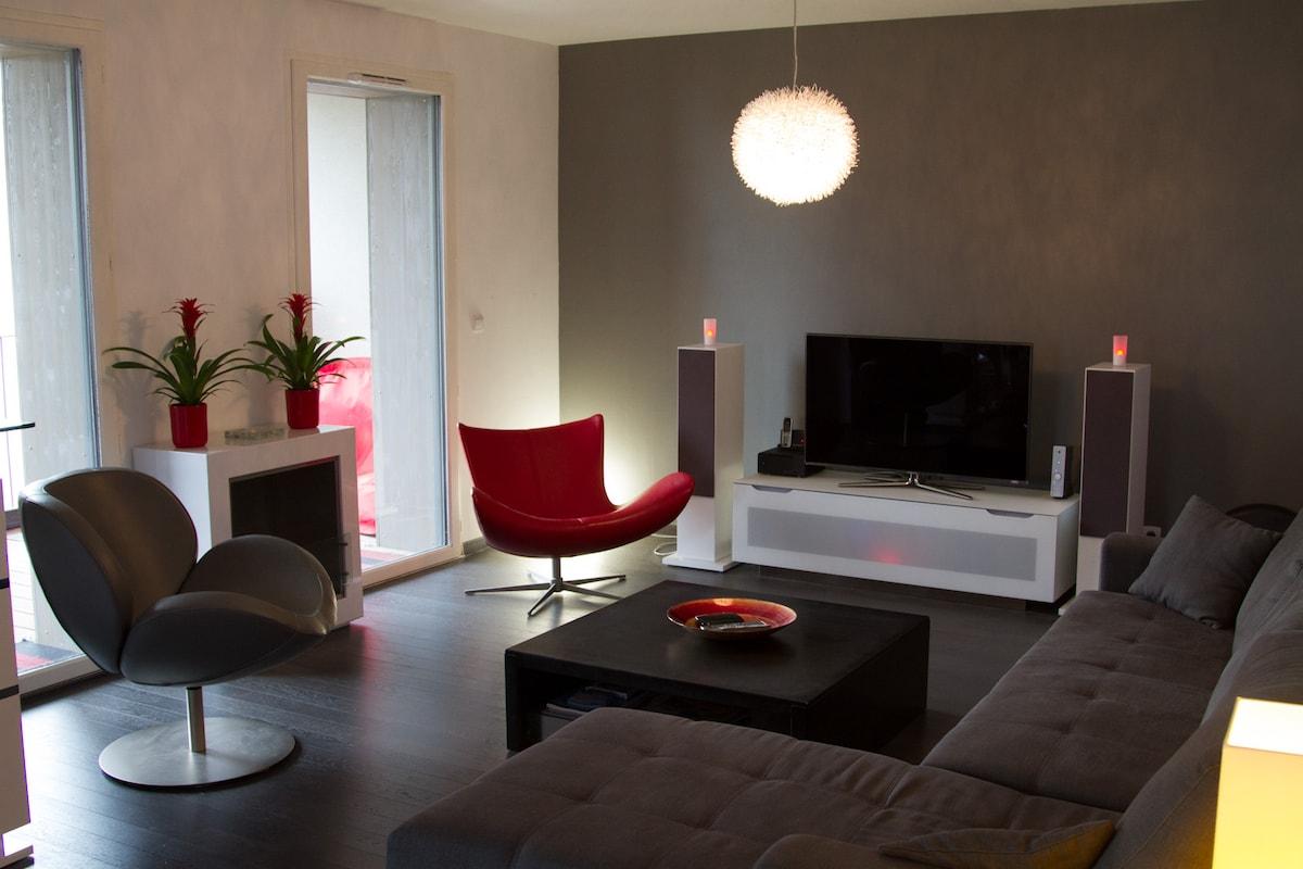 Calm Duplex with terraces