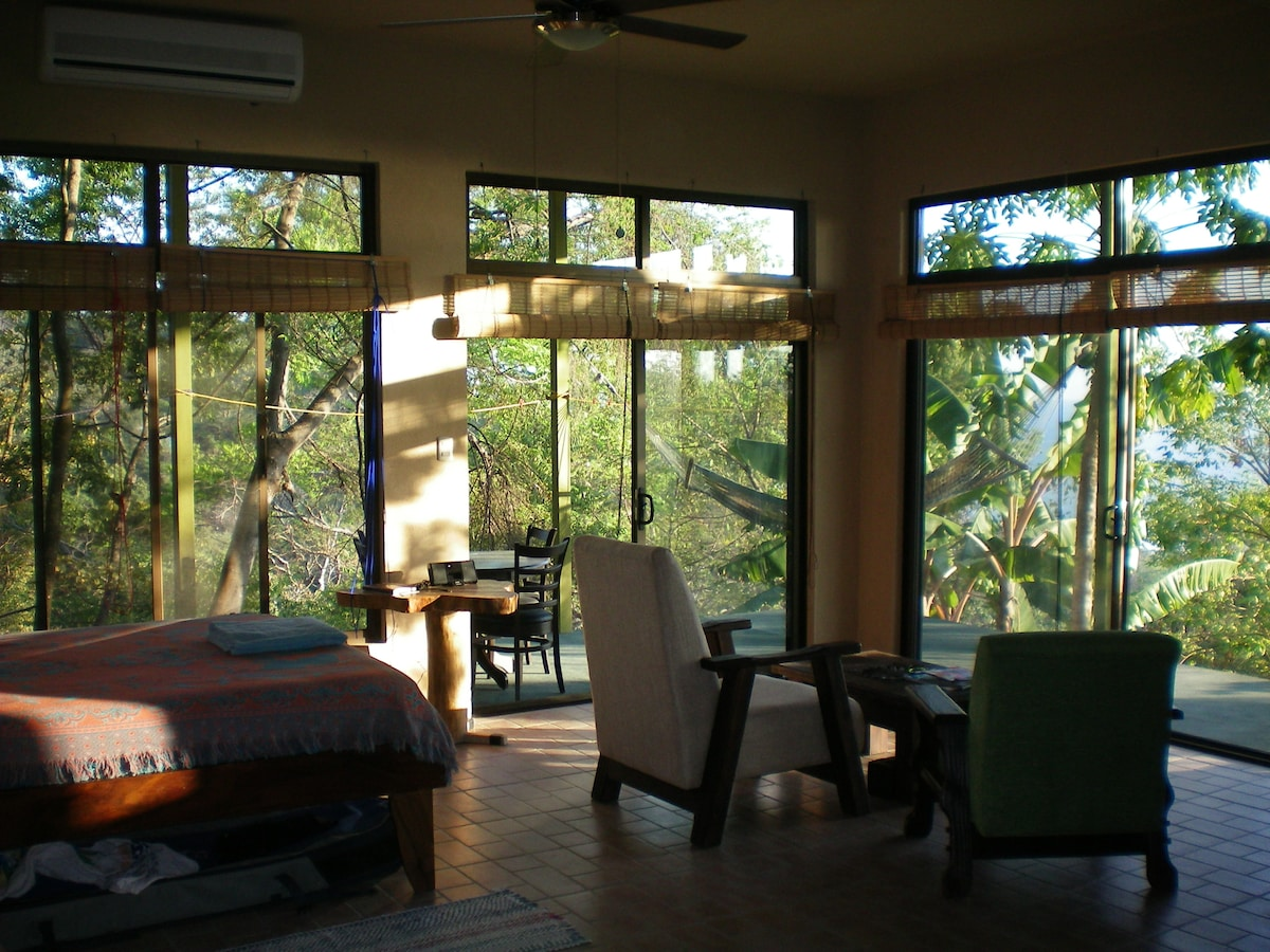 The Mar Azul Suite