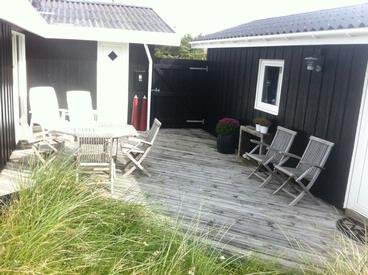 Holiday home 300m from the North Se