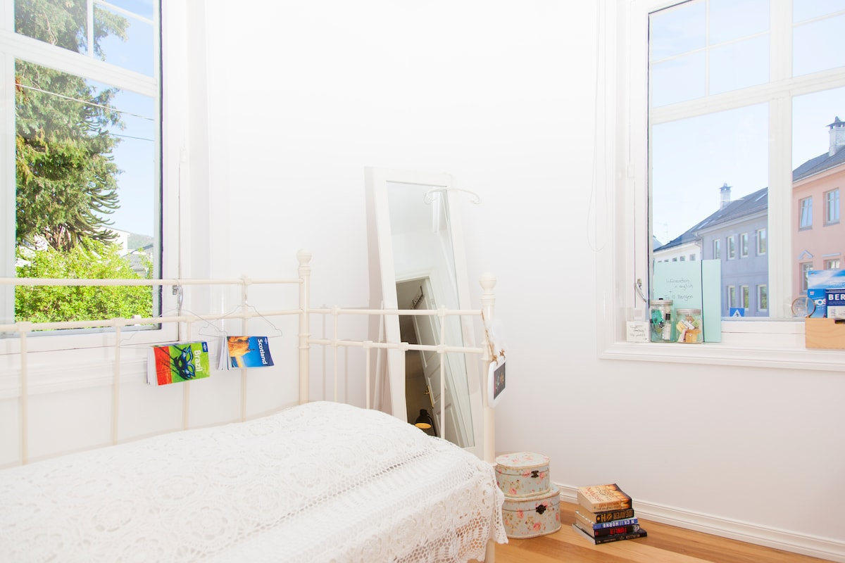 Unique, fun & modern room Bergen