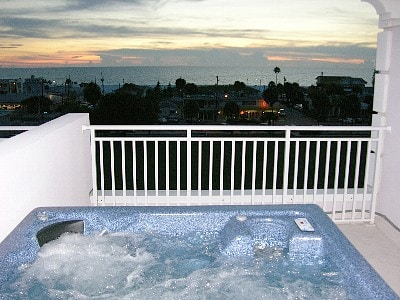 Spectacular views of the Gulf Coast from the rooftop terrace in your private Hot tub.
