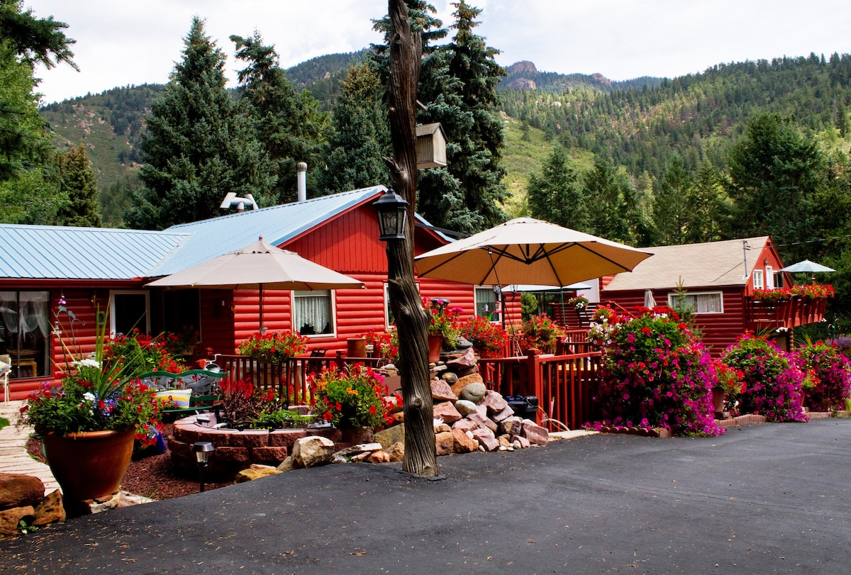 This is our main residence with Mountain Retreat guest house on the right.