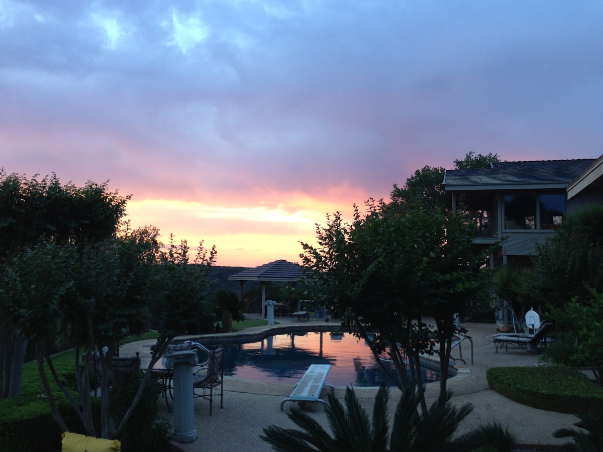Beautiful sunset from family room, kitchen, or back balcony