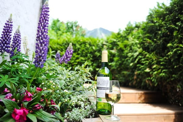 Wine and dine in the sunshine