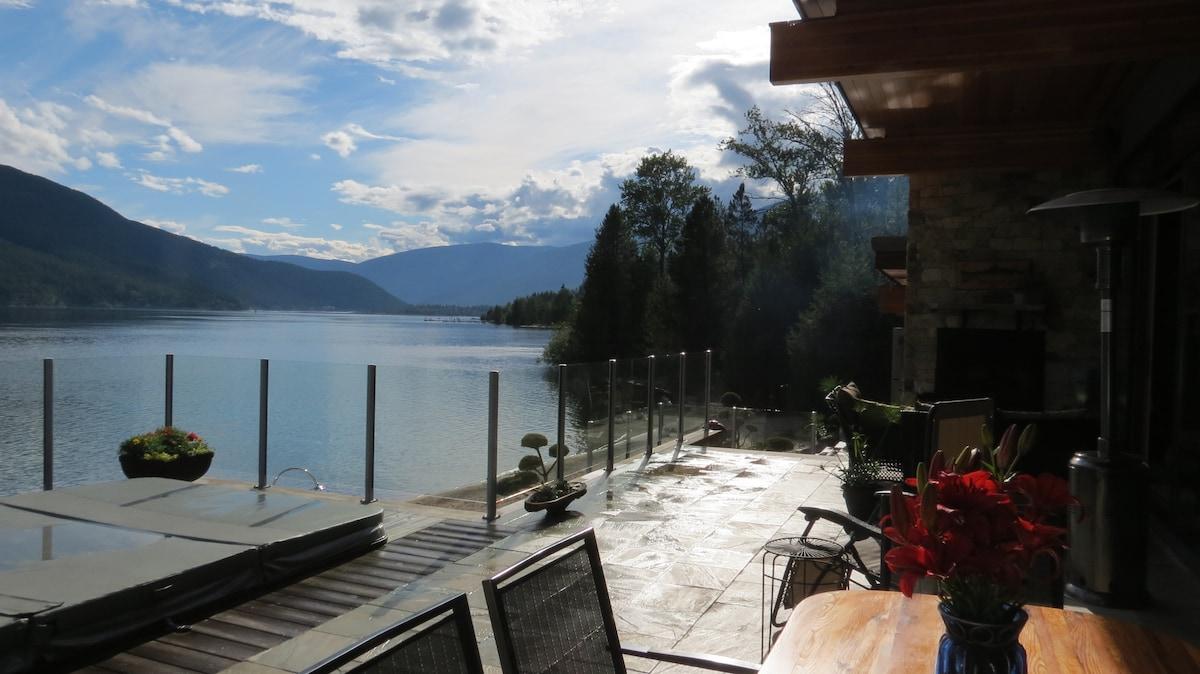 Kootenay Lakefront Home 2