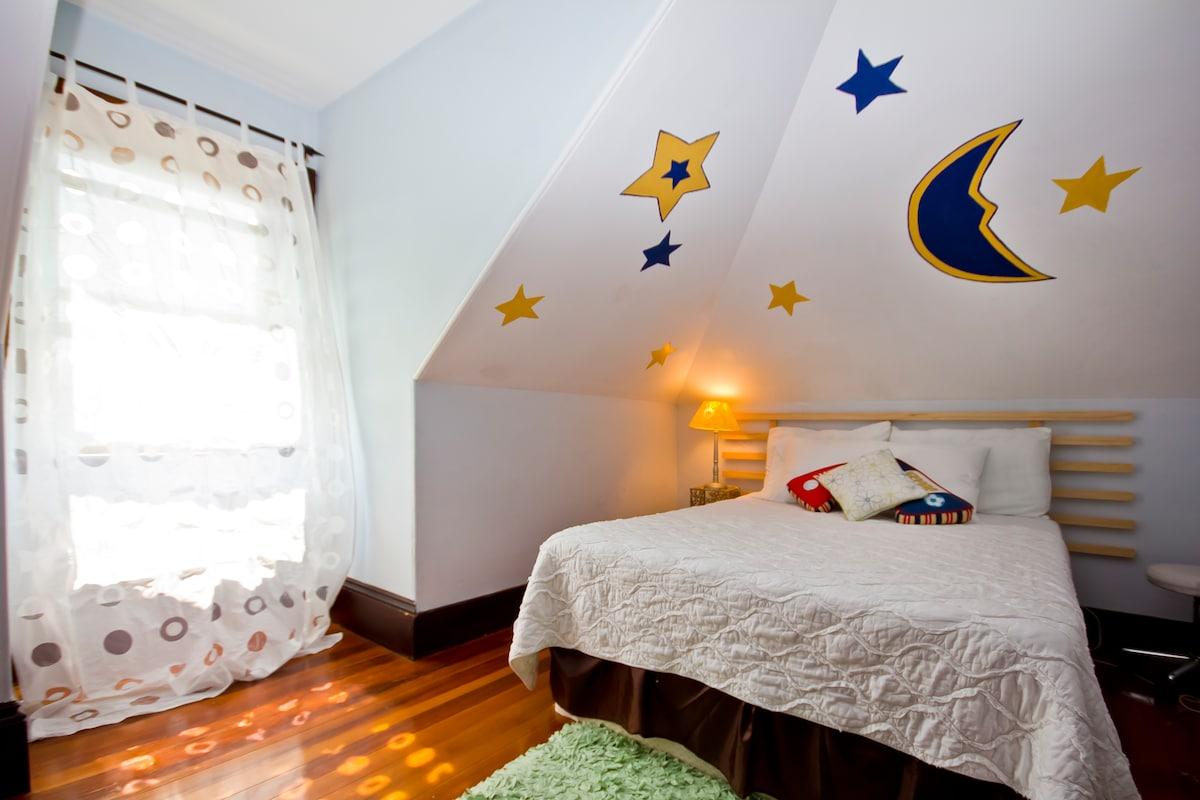 A very nice and clean room/Beautifu