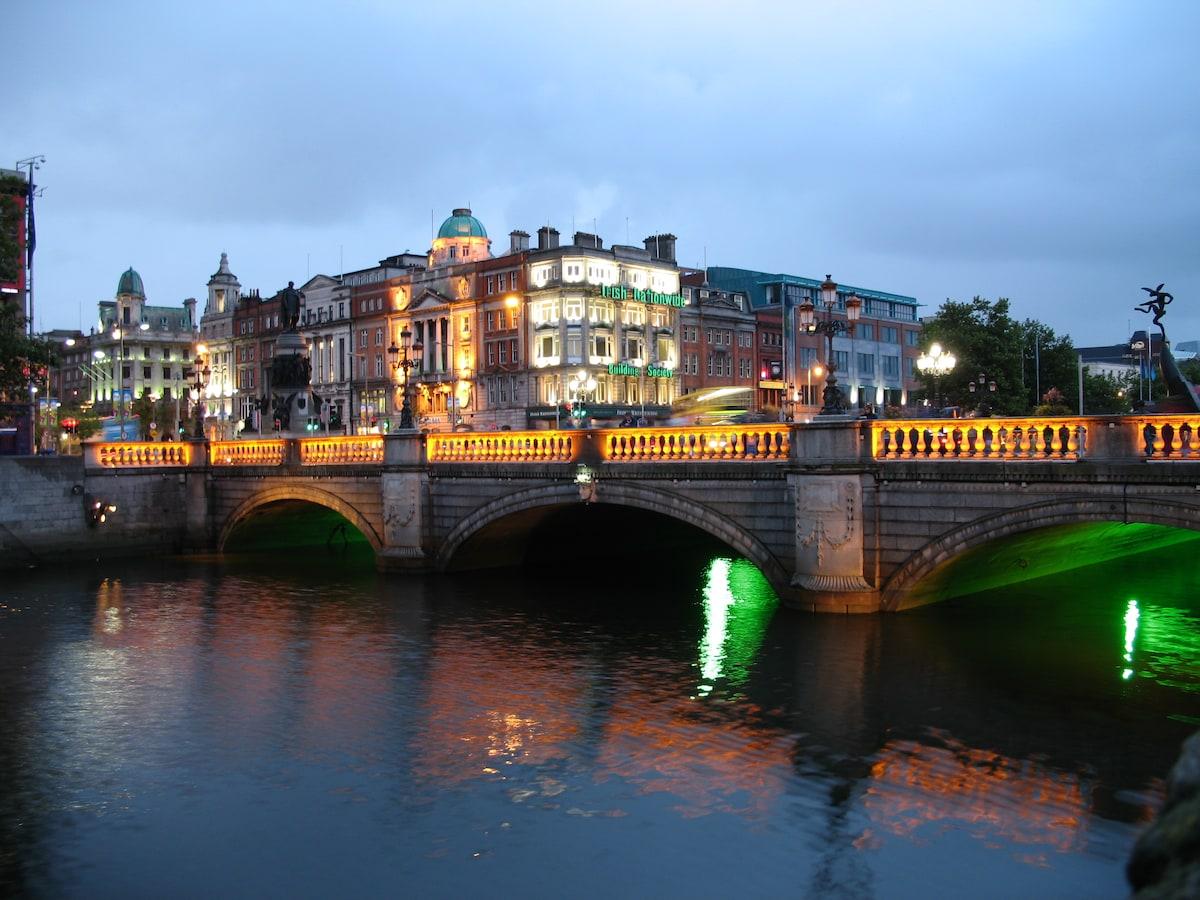 CHARMING DUBLIN CITY CENTER 1BR APT