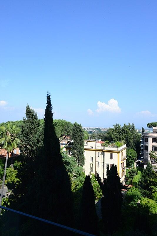 Elegant, stunnig view,quiet central