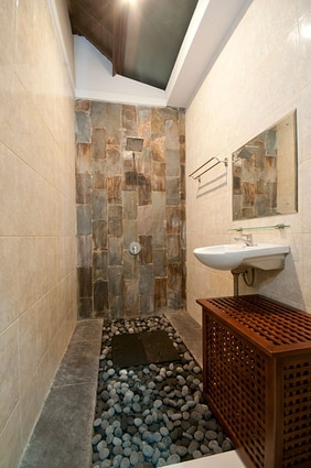 Bathroom in cozy style