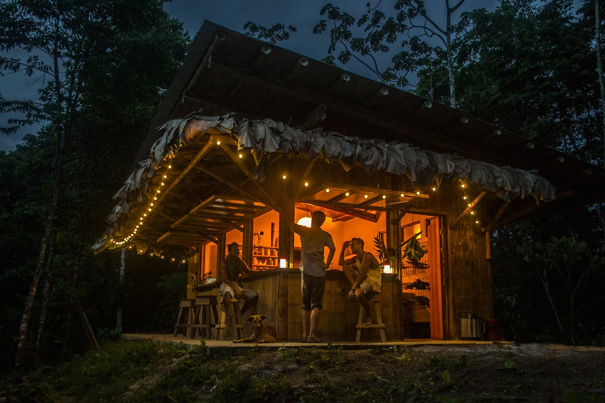 The heart of Finca Tierra is the Farm Kitchen. This is the place to socialize at the bar, cook in the Bamboo Kitchen and recharge your favorite electronic device with solar generated energy.