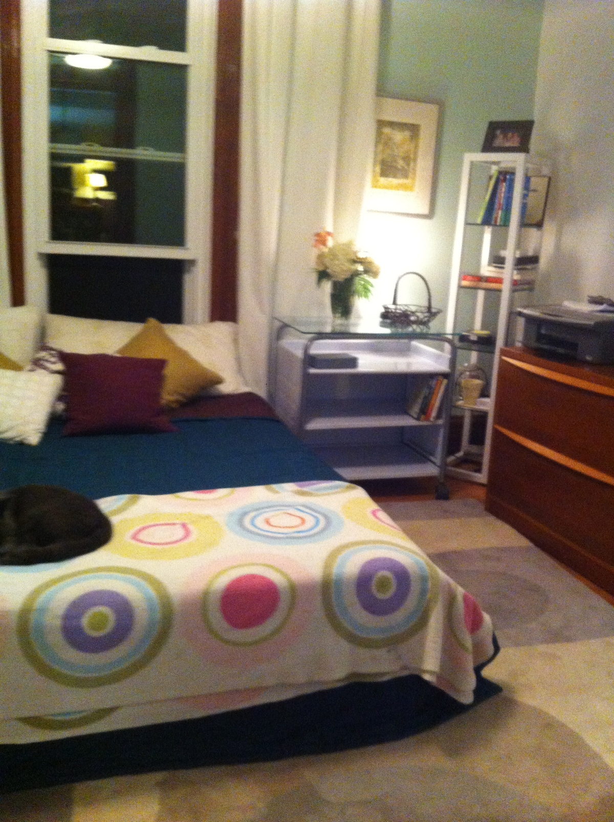 Another angle of the downstairs bedroom-- it's comfy and cozy!