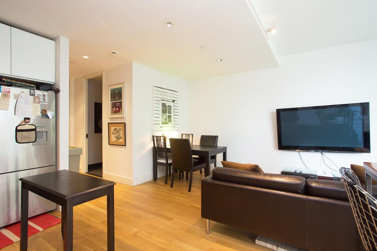 Upstairs den/kitchen area #3