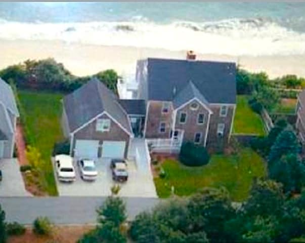 Overview of B&B with private beach