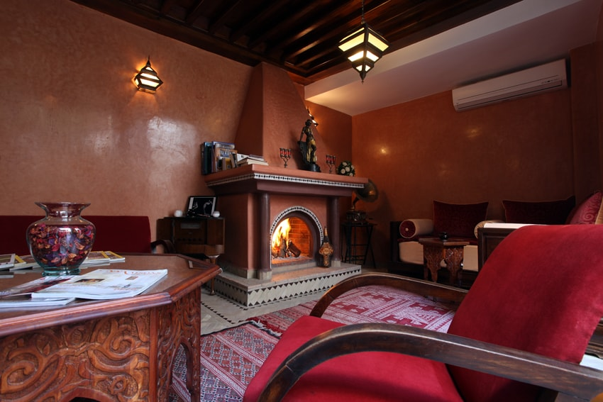 JOSEPHINE BAKER ROOM IN LUXURY RIAD