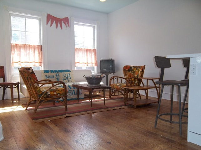 The Owl Suite, Living Room