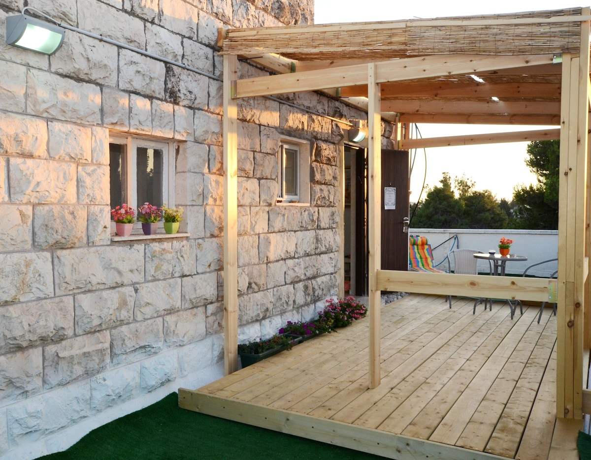 Roof suite at the heart of Jerusalm
