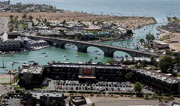 Lake Havasu 2br at London Bridge