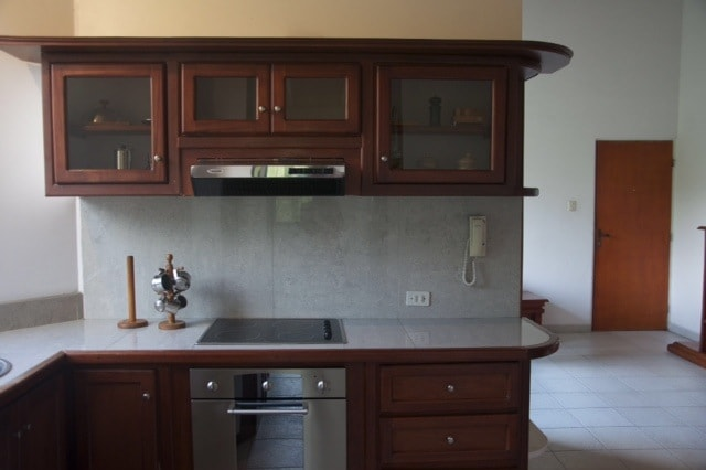 This modern fully equipped kitchen come with everything you need to create Andean feast.