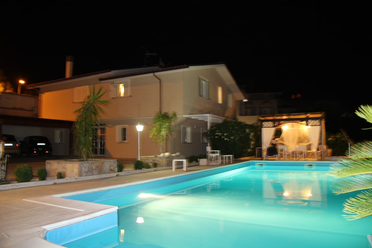 Villa Apartment with pool and Jacuz
