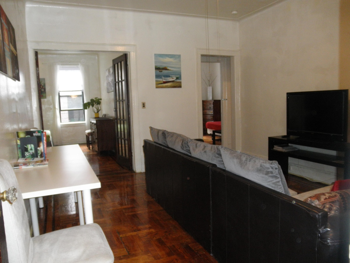 2BR COMFY Apt - 15min from MIDTOWN