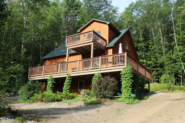 Log Home in Fish Cove Meredith, NH