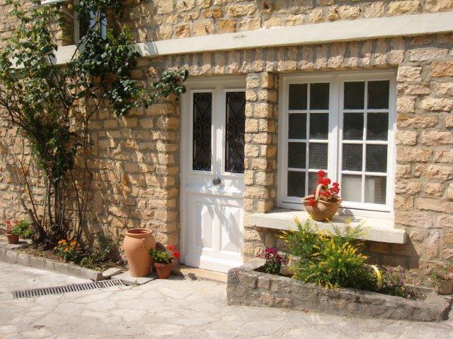 Maison Pierre D'Or (Golden Stone House)  Entrance
