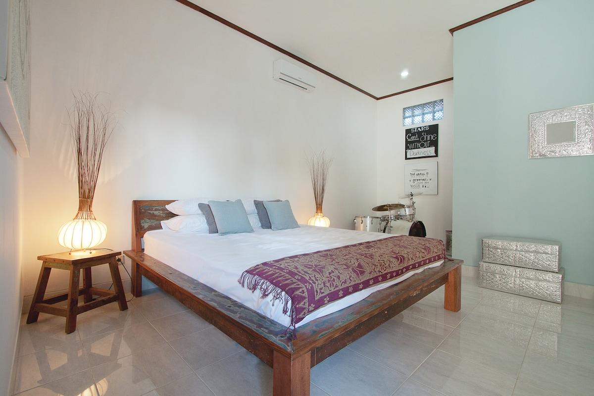 Room in Canggu Villa, Bali