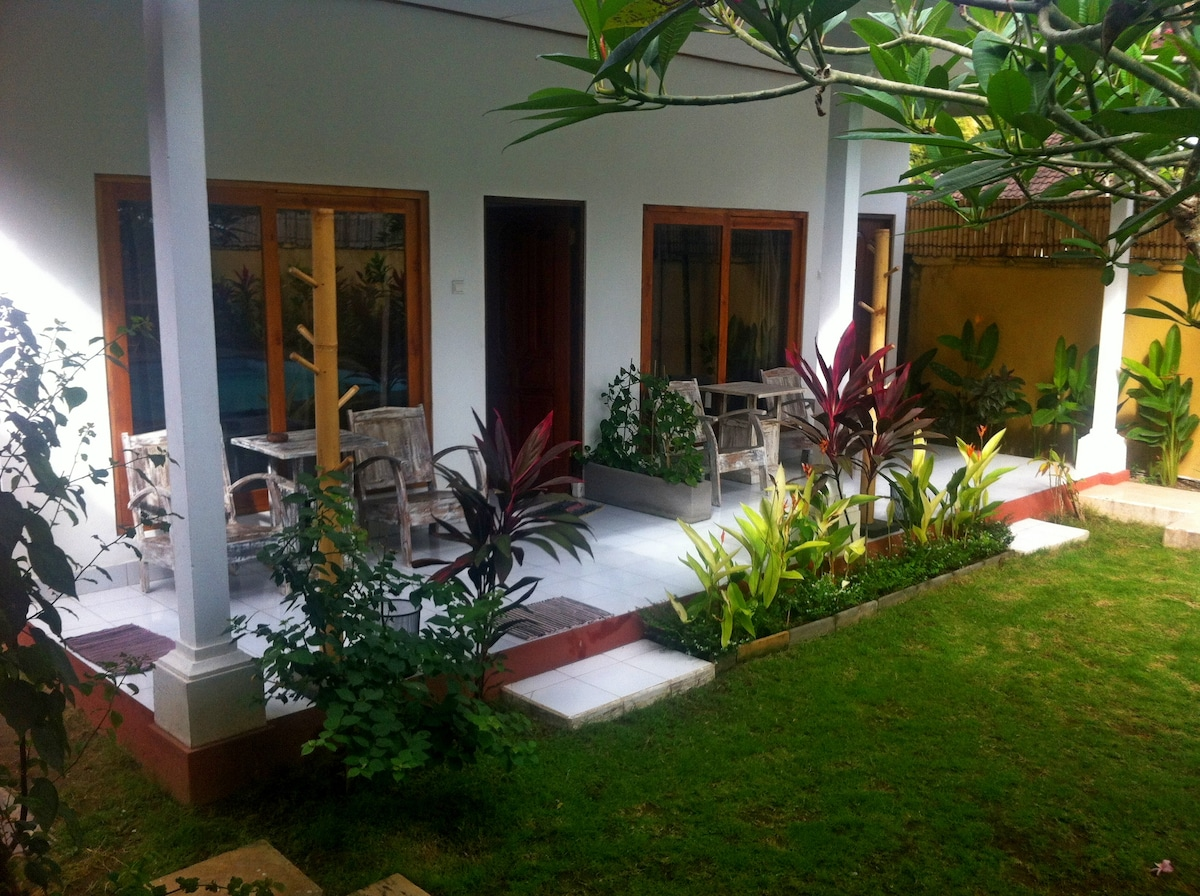 Rooms with AC/POOL JIMBARAN BEACH1